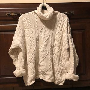 East Island Ivory Chunky Cable Knit Sweater L